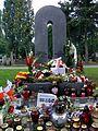 Władysław Bartoszewski (grób) 02.jpg
