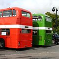 Warminster - Hants and Dorset 3377 UFX858S and Western National 1075 BFJ175L.JPG