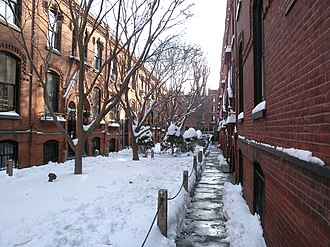 """Cobble Hill, Brooklyn - """"Workingman's Cottages"""" built by philanthropist Alfred Tredway White as low-cost housing in 1876 (2009)"""