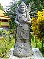 Wat Tham Khao Rup Chang - 109 82 man duo la (14665322512).jpg