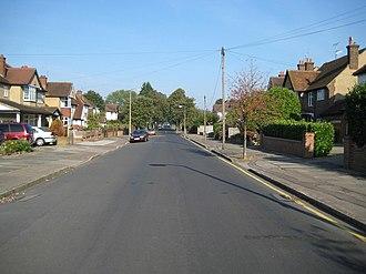 Cassiobury - Image: Watford, Cassiobury Drive geograph.org.uk 982121