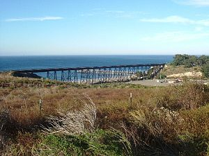 Gaviota, California - Image: West of Santa Barbara, CA, Gaviota Trestle