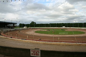 Oval track racing - A dirt oval track