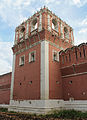 Western tower of the nothern wall of Donskoy Monastery 02.jpg