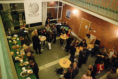 Wikipedia Academy Stockholm 2009 party.jpg