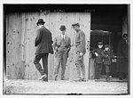 Wilbur Wright with others, probably on Governor's, Island NY LCCN2014684281.jpg