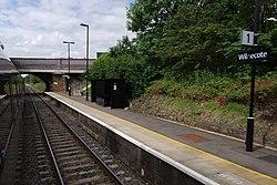 Wilnecote railway station MMB 01.jpg