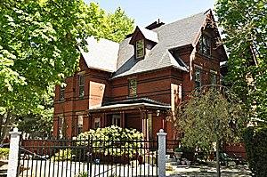 DeRochmont House
