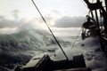Winter-Nordatlantik - Sturm, Wasser über Deck und Luken.png