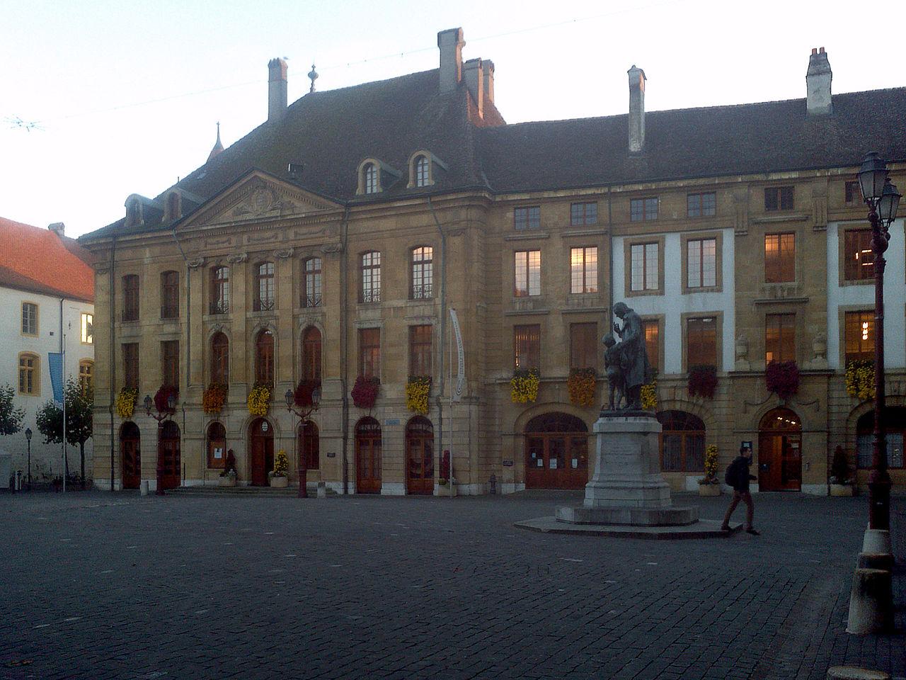 Yverdon-les-Bains Place Pestalozzi.jpg