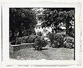 """Chatham,"" Colonel Daniel Bradford Devore house, 120 Chatham Lane, Fredericksburg, Stafford County, Virginia. West garden LCCN2008679208.jpg"