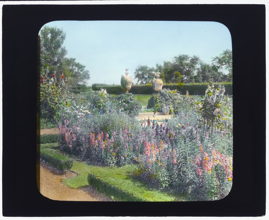 "File:""Millefiori,"" Albert Barnes Boardman house, Great ..."