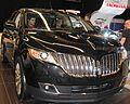 '11 Lincoln MKX (MIAS '11).jpg