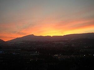 Chaîne de l'Épine - Image: Épine coucher de soleil