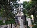 Братская могила в центре Семлево Вяземского района.jpg