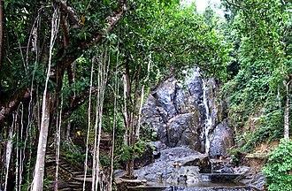 Ranong Province - Image: น้ำตกปุญญบาล อุทยานแห่งชาติลำน้ำก ระบุรี
