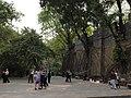 城墙上的古榕 - Banyan Roots on City Wall - 2012.04 - panoramio.jpg
