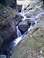 神戸岩の間を流れる川 - panoramio.jpg