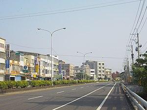 Hunei District - Image: 臺1線南下347公里處 高雄 湖內 田尾 panoramio
