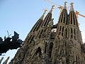 001 Sagrada Família, façana del Naixement i torres.jpg