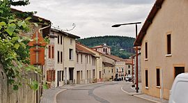 A street in Saint-Priest-la-Prugne