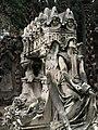 031 Tomba de Marià Regordosa, escultura de Màrius Vives.jpg