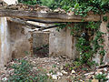 056 Casa en ruïnes vora l'església de Marmellar.JPG