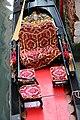0 Venise, sièges passagers d'une gondole.JPG