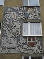 1160 Bertoligasse 3 - Wandrelief Kriegskontribution von K. Drexler IMG 2929.jpg