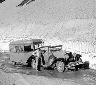 1933 car&trailer