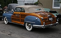 1948 Chrysler Town & Country convertible, rear left.jpg