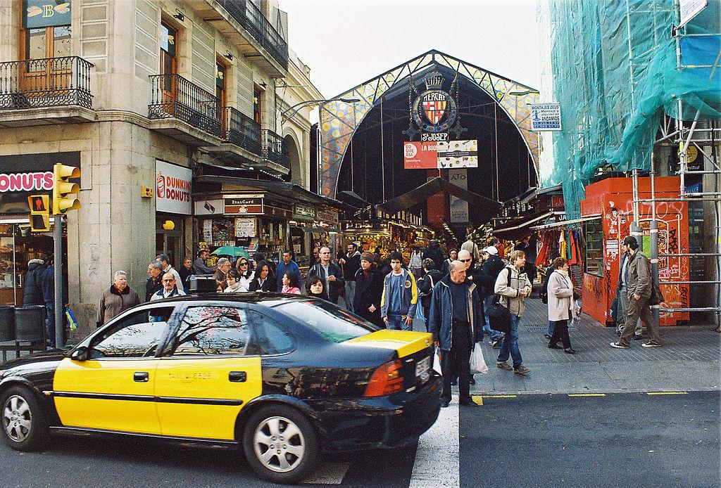 Faible affluence au marché sur cette photo de la Boqueria en 2007 - Photo de Ralf Roletschek