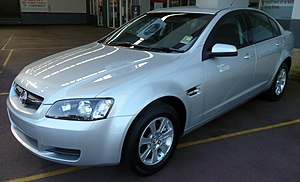 2008 Holden VE Commodore (MY09) Omega sedan 03.jpg