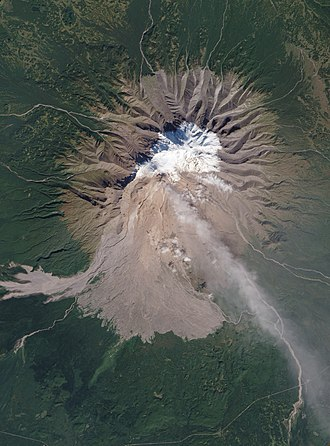 Shiveluch - Image: 2010 Activity at Shiveluch Volcano