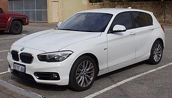 2015 BMW 120i (F20 LCI) Sport Line 5-door hatchback (2017-07-15) 01
