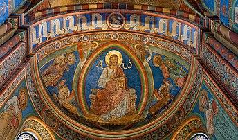 Le Christ pantocrator, dans l'abside de la cathédrale impériale de Königslutter am Elm, en Allemagne. (définition réelle 4032×2369)