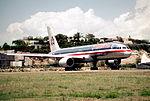 227ag - American Airlines Boeing 757-223, N668AA@SXM,21.04.2003 - Flickr - Aero Icarus.jpg