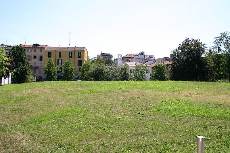 File:4197 - Milano - Parco dell'Arena romana - Foto Giovanni Dall'Orto 14-July.2007.jpg