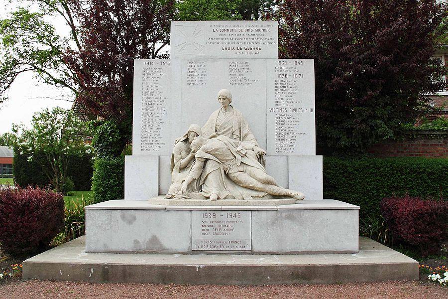 Monument aux Morts - Place des Trois Maires, 59 Bois-Grenier