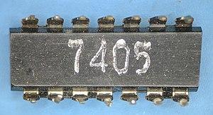7405 TI 7130 package bottom.jpg