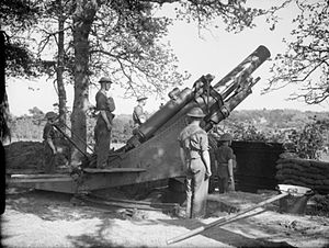 BL 9.2-inch howitzer - Gunners of 56th Heavy Regiment with Mk II, May 1940