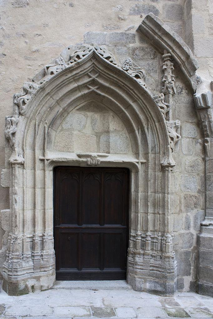File abbaye saint robert de la chaise dieu porte lat rale for Porte de la chapelle