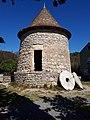 Ancien moulin à vent La Palme.jpg