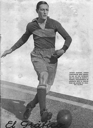 Antonio Alberino - Alberino playing for Boca Juniors in 1930