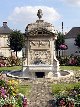 La fontaine, place de la République.