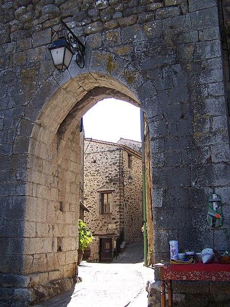 Auribeau sur Siagne - Ancienne porte
