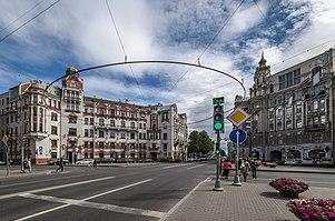 Австрийская площадь
