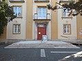 Az egykori pártház, Városháza tér 4,2017 Dunaújváros.jpg
