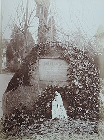 BASA-3K-7-359-97-The grave of Jean Paul, Bayreuth.jpg