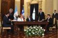 Bachelet-Perez Molina en Guatemala.png